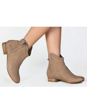 Sam Edelman Cody Ankle Booties